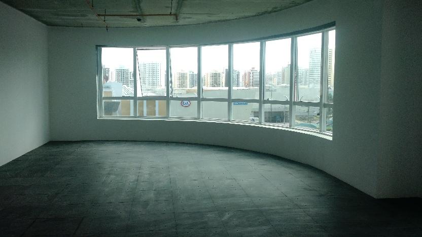 Sala de 71m² com infraestrutura de piso elevado - Imagem real.jpg