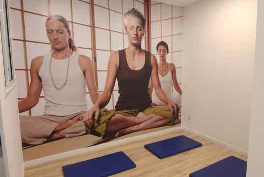 Imagem real da sala de yoga
